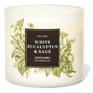 White Barn (Bath & Body Works) 3-wick Candle
